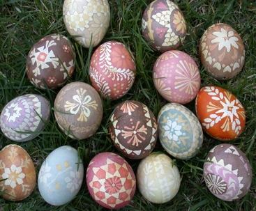 natural-dyed Lusatian eggs